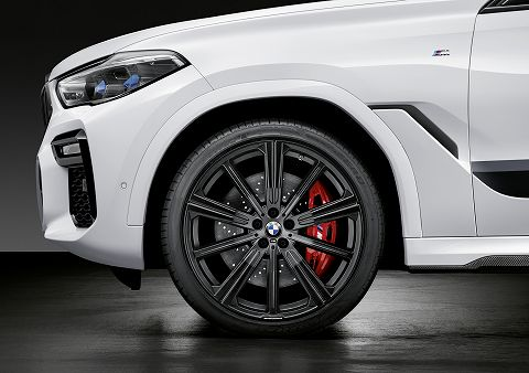 20191003 bmw m performance parts  04.jpg